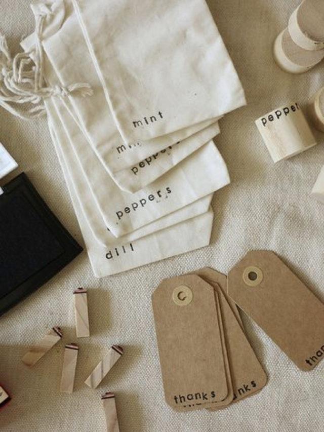 etiquette cadeau noel craft simple et petit message au tampon + pochette cadeau tissus avec message au tampon