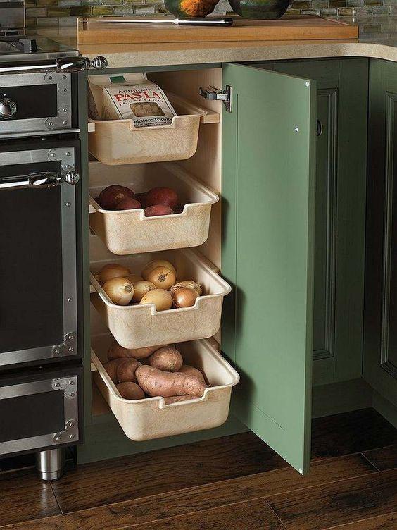 gain de place astuce cuisine tiroir coulissant