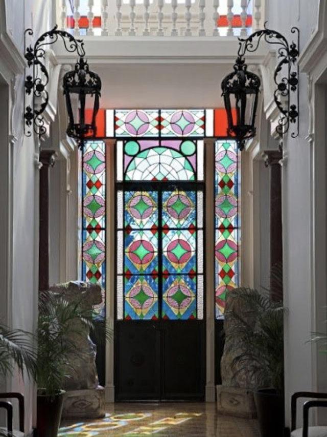 optimiser lumiere entree porte vitraux
