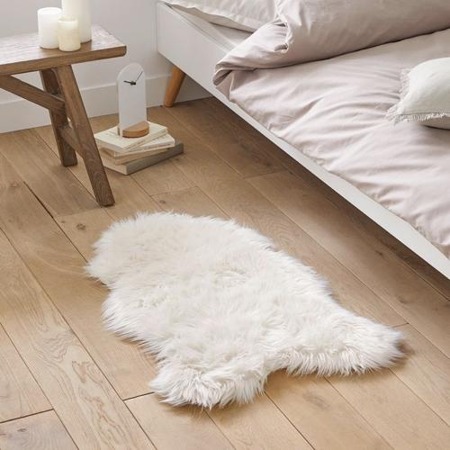 ou trouver deco blanche chambre descente de lit fourrure