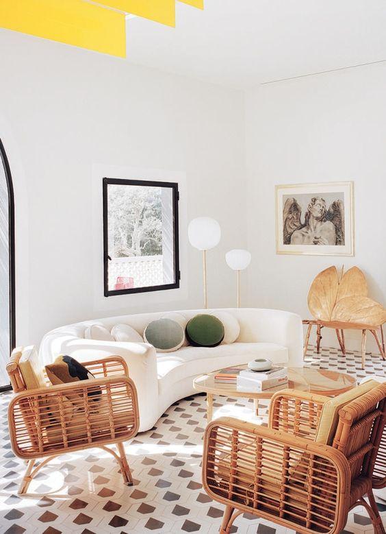 salon blanc style riviera exemple sol vintage