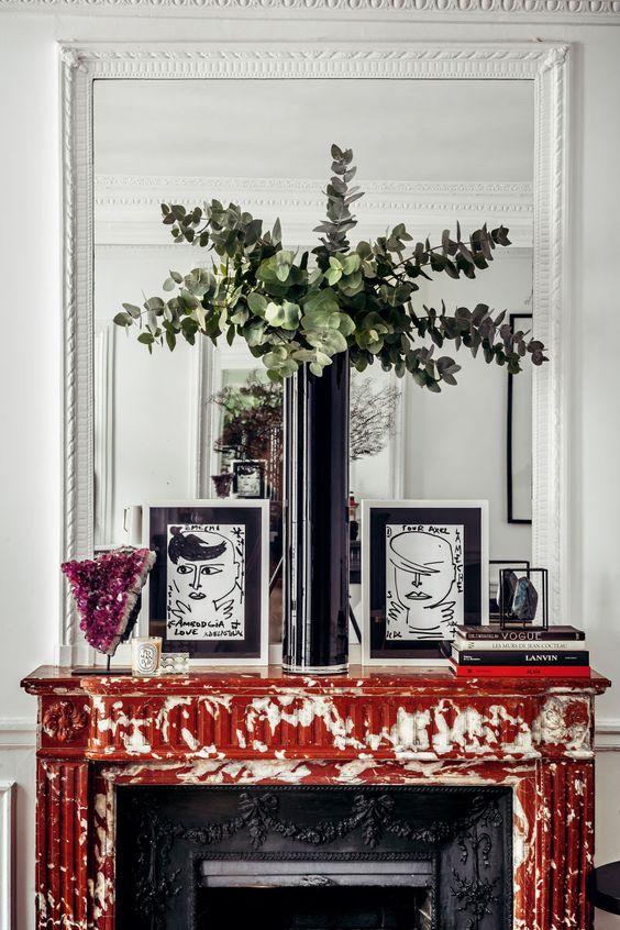 style classique chic cheminee marbre