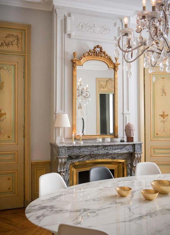 style classique chic detail deco miroir or