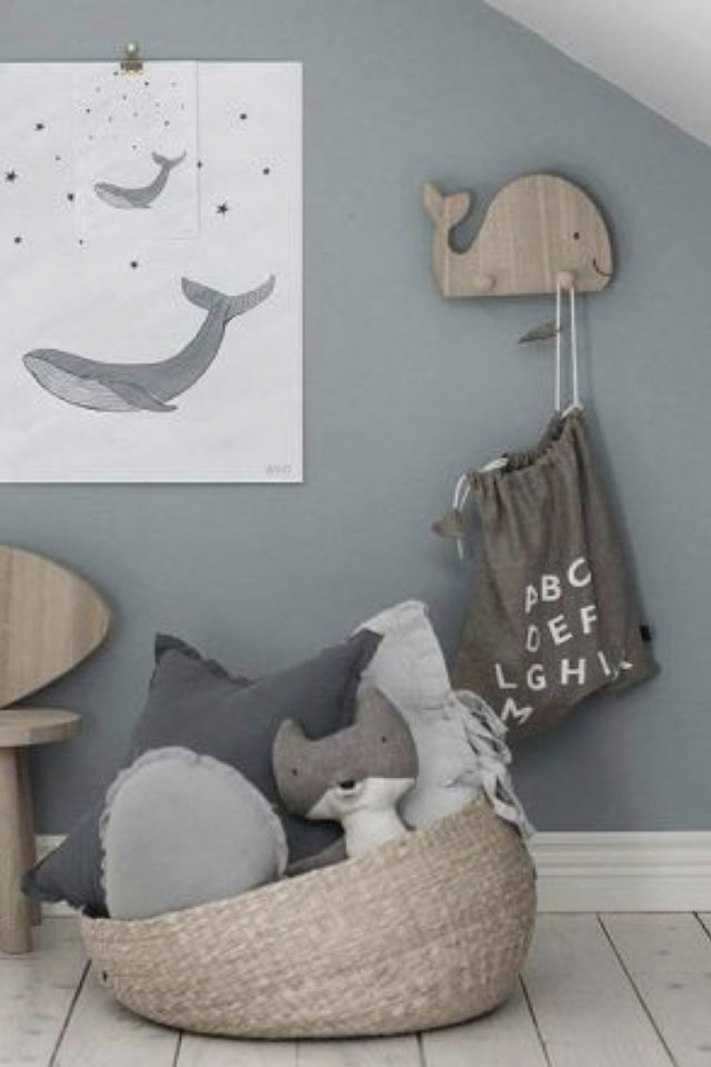 ambiance neutre chambre bebe exemple decor baleine
