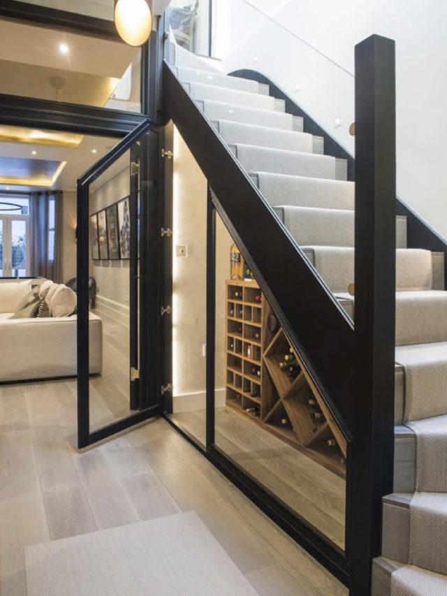 amenagement cave a vin sous escaliers exemple