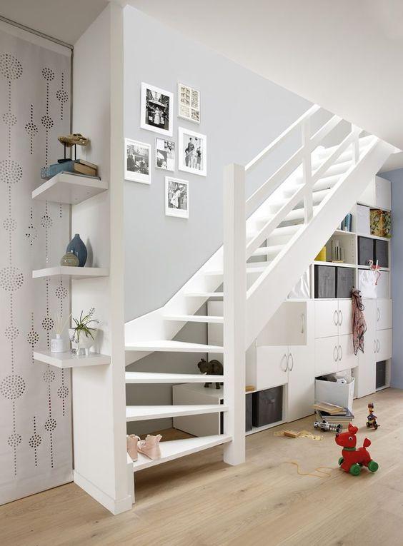 amenagement sous escaliers exemple pas cher