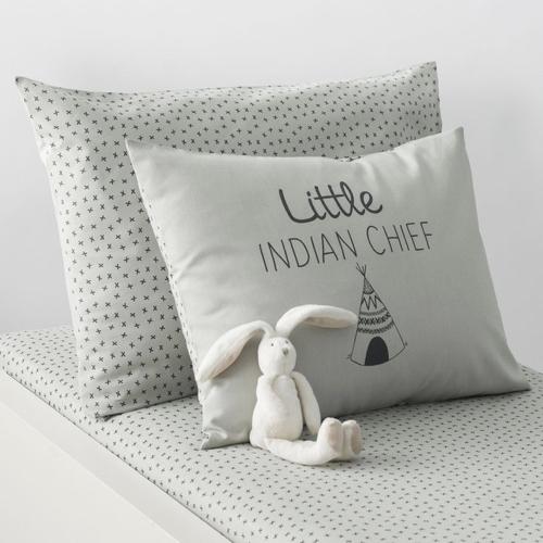 deco neutre bebe chambre pas cher coussin vert sauge clair