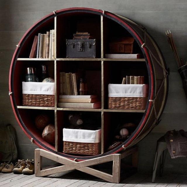 decorer avec batterie exemple grosse caisse etagere bibliothèque ronde