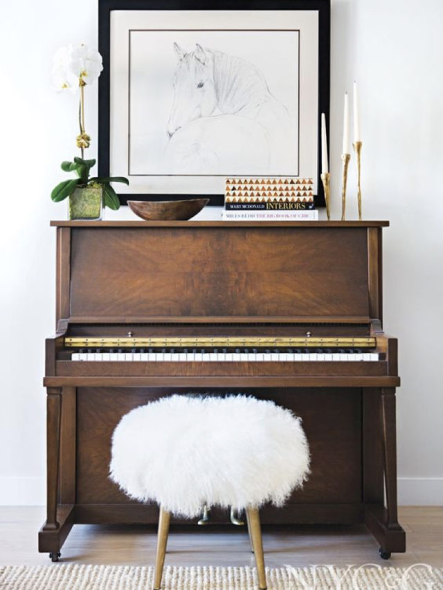 decorer avec piano exemple tabouret fourrure tableau