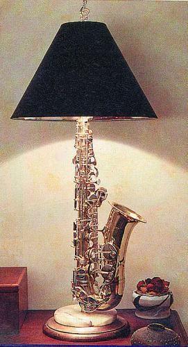 decorer instrument classique exemple lampe avec saxophone