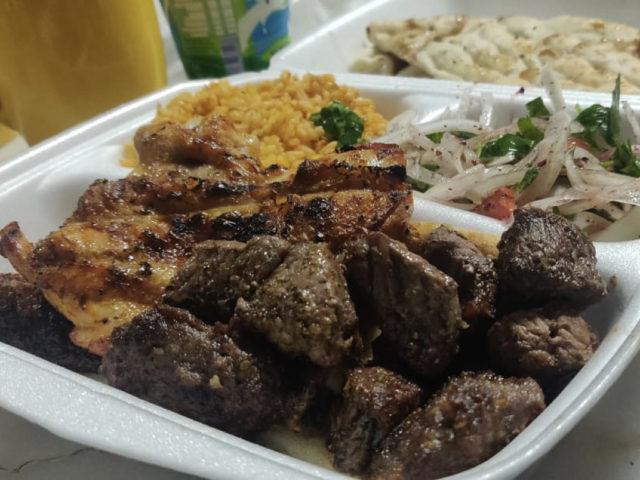 nomade repas turquie viande au barbecue
