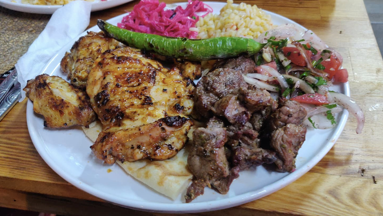 on mange quoi turquie istanbul mixed kebab poulet et mouton