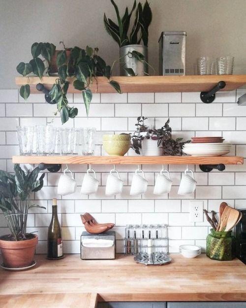 reve decoration cuisine cuisine moderne blanche etagere bois