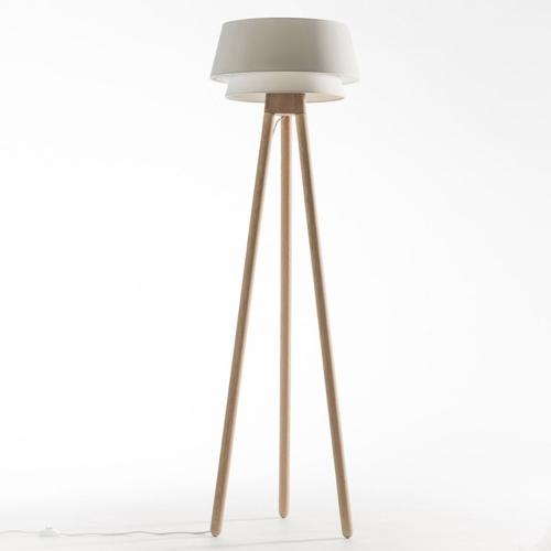 salon cosy eclairage luminaire appoint lampadaire scandinave abat-jour blanc décoratif
