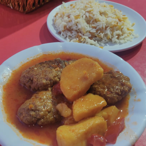 voyage en turquie on mange quoi riz pilaf et plat en sauce
