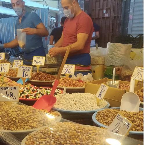 voyage en turquie on mange quoi marché local fruits secs