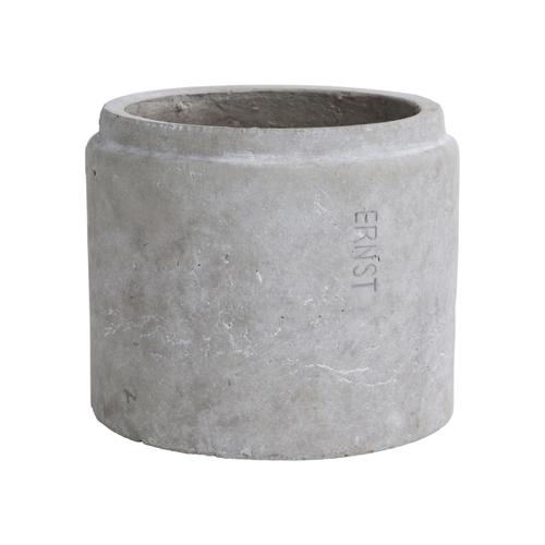 accessoire deco moderne gris salon cache pot béton design