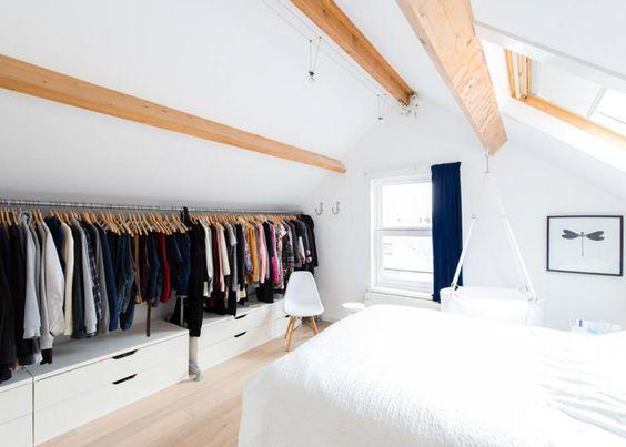 amenagement dressing sous toiture tiroirs et penderie optimisation espace
