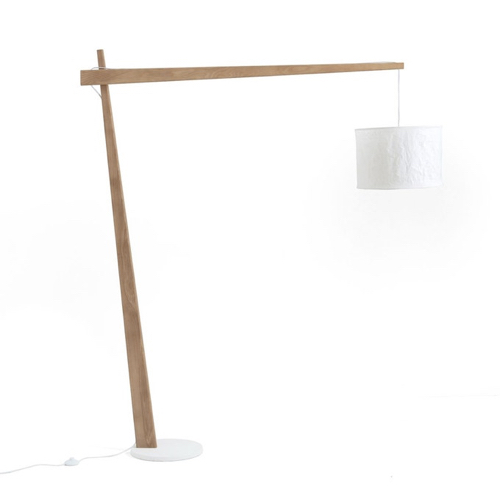 amenager coin lecture salon pas cher lampadaire déporté scandinave bois et blanc