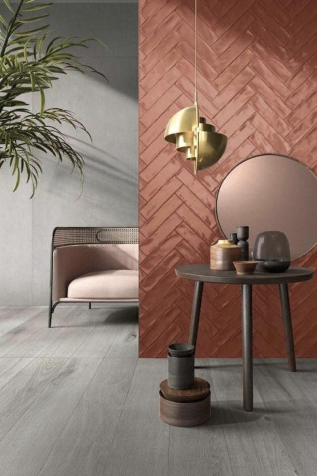 association couleur tendance et gris exemple terracotta carrelage mural et peinture grise béton ciré