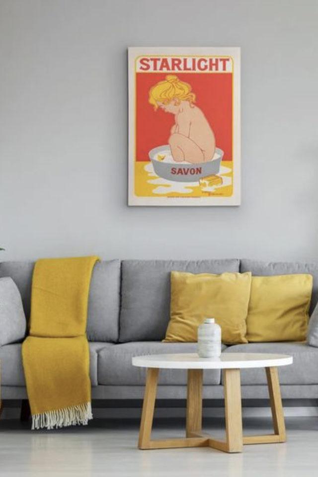association couleur tendance et gris exemple jaune pantone 2021