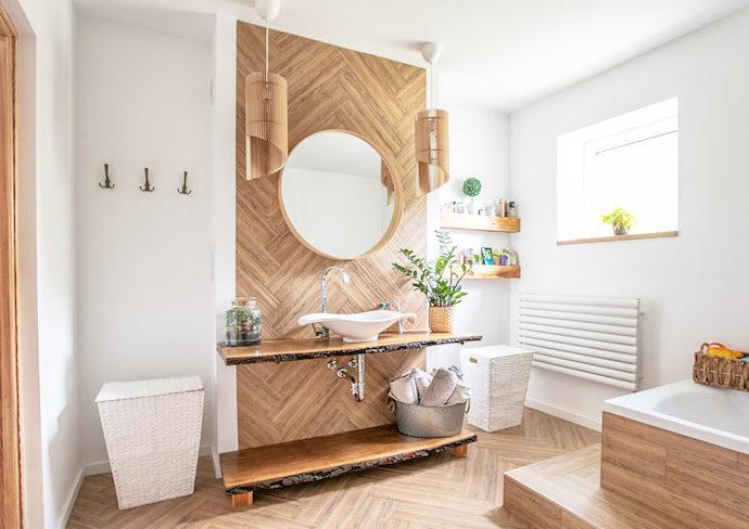 comment optimiser lumiere naturelle salle de bain - conseils decoration et amenagement