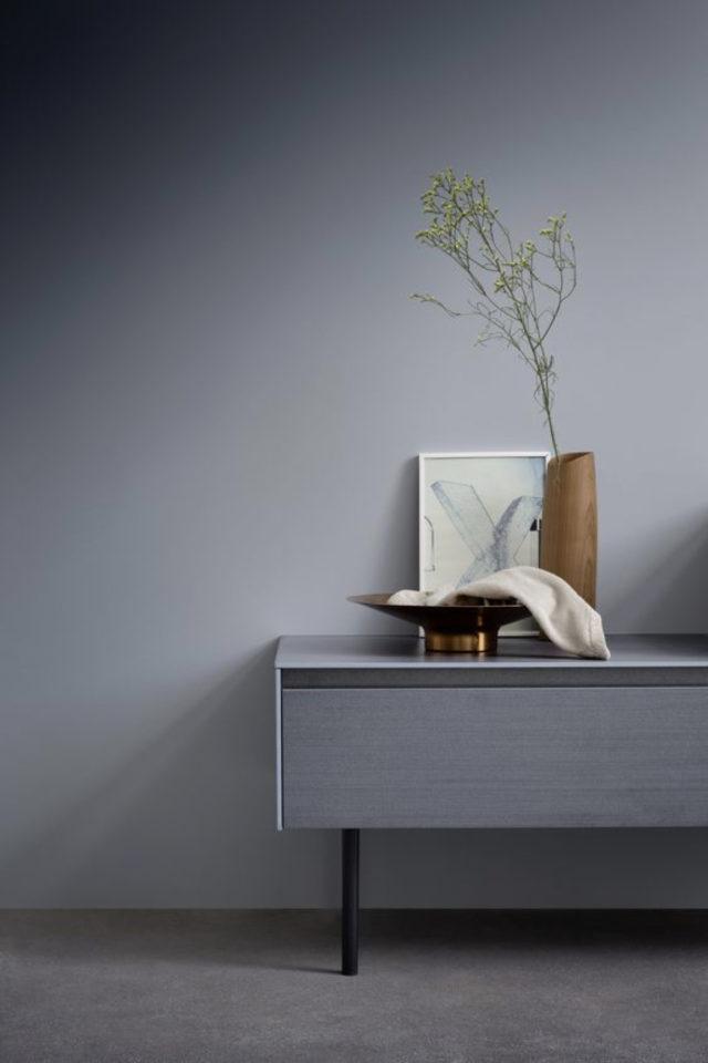 comment utiliser gris foncé déco petit meuble console gris ton sur ton