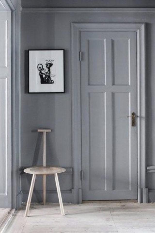 deco gris clair exemple entrée style classique chic peinture porte
