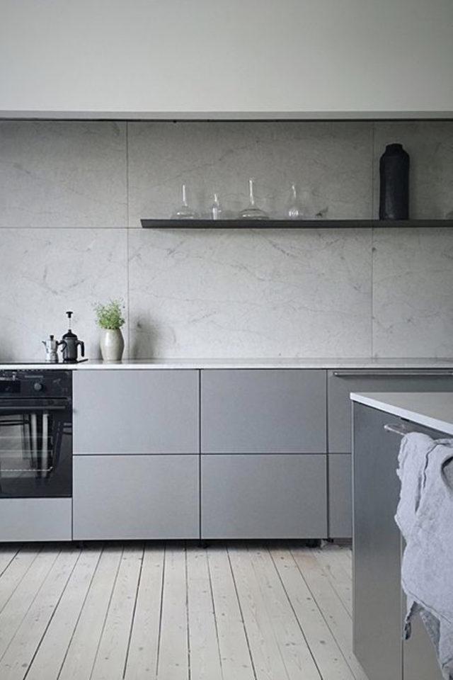 deco gris clair exemple cuisine meuble et crédence murale en marbre moderne et élégante