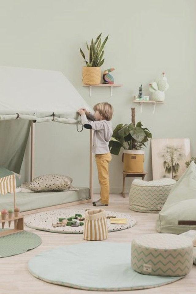 decoration chambre enfant nature exemple couleur vert moderne et doux vert d'eau vert amande vert sauge