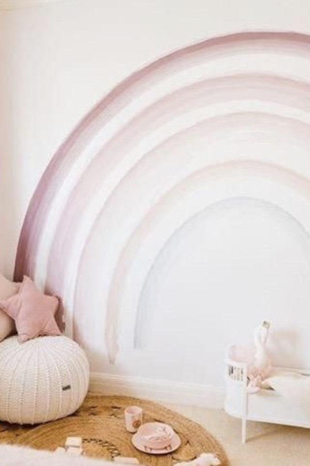 decoration chambre enfant nature exemple peinture murale arc en ciel pastel