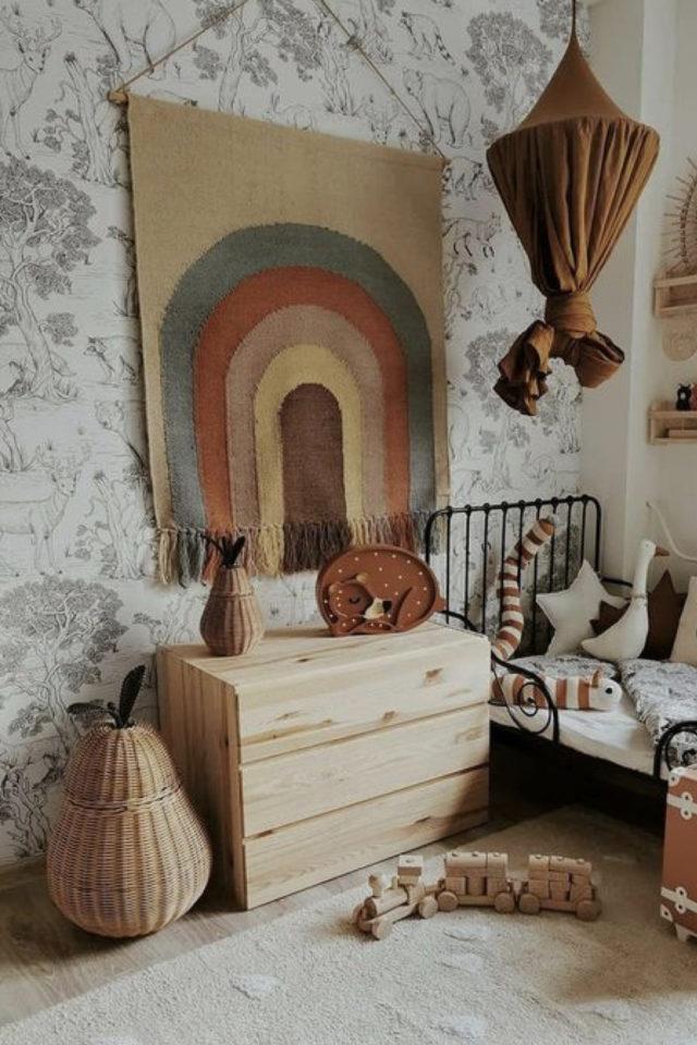 decoration chambre enfant nature exemple affiche murale DIY arc en ciel
