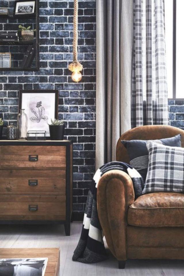 decoration rock meuble vintage salon fauteuil club en cuir papier peint brique bleue
