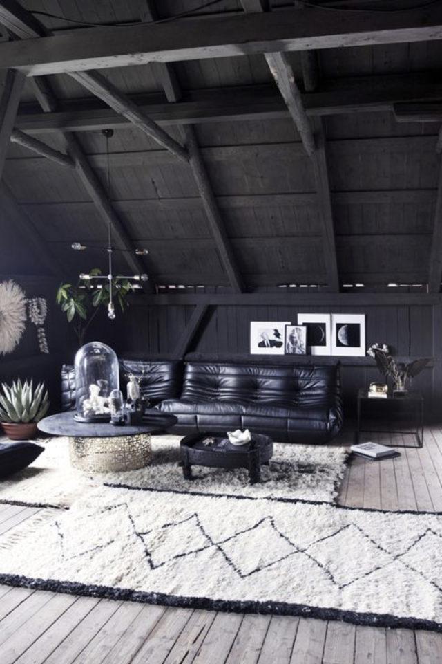 decoration rock peinture noir mate exemple salon canapé cuir tapis berbère