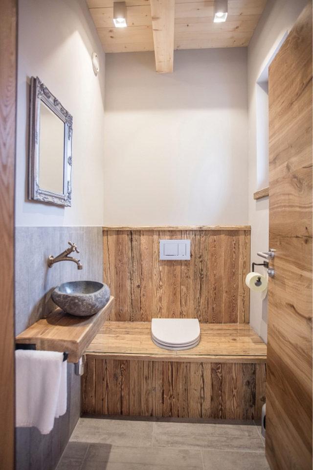 maison durable solution toilettes decoration bois lave main pierre