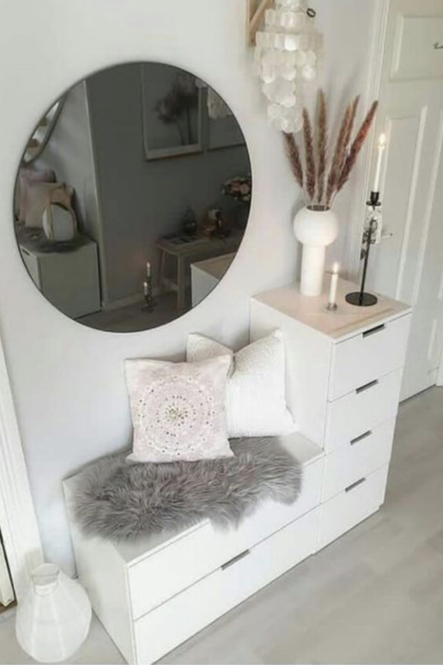 petite entree meuble a chaussure exemple blanc casier tiroir décor feminin