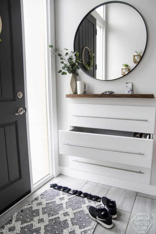 petite entree meuble a chaussure exemple décor moderne grand miroir rond meuble blanc