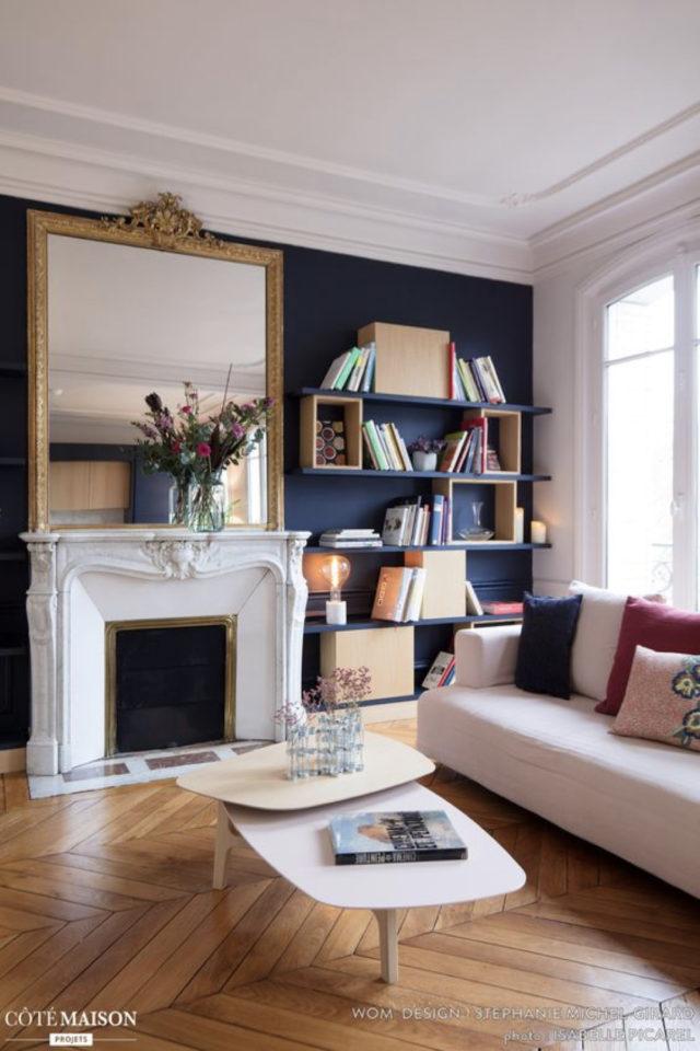 quels espaces amenager pour gagner place salon style classique bibliothèque à côté de la cheminée