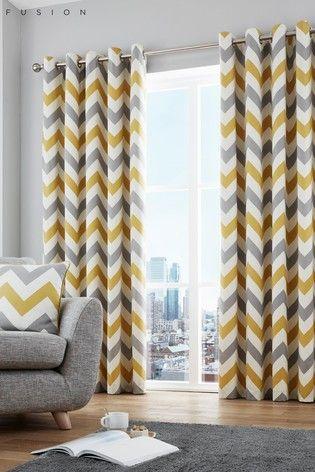 rideaux a motif geometrique chevrons gris blanc et jaune