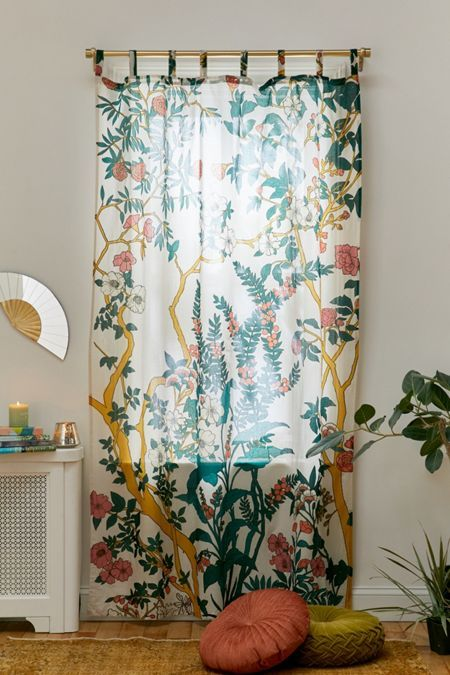 rideaux a motif vegetal tropical moderne et poétique