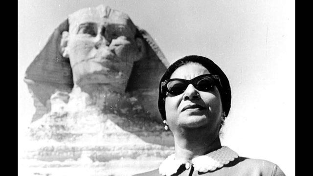 star egyptienne oum kalthoum icone musique arabe sphinx gizeh