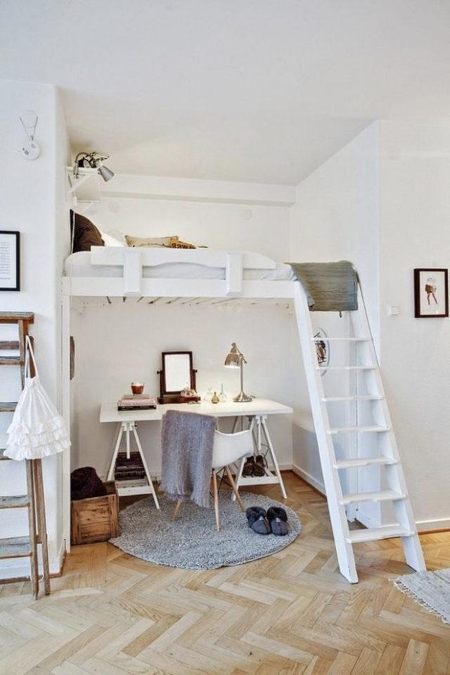amenagement chambre etudiant exemple lit mezzanine blanc avec espace bureau en dessous gain de place