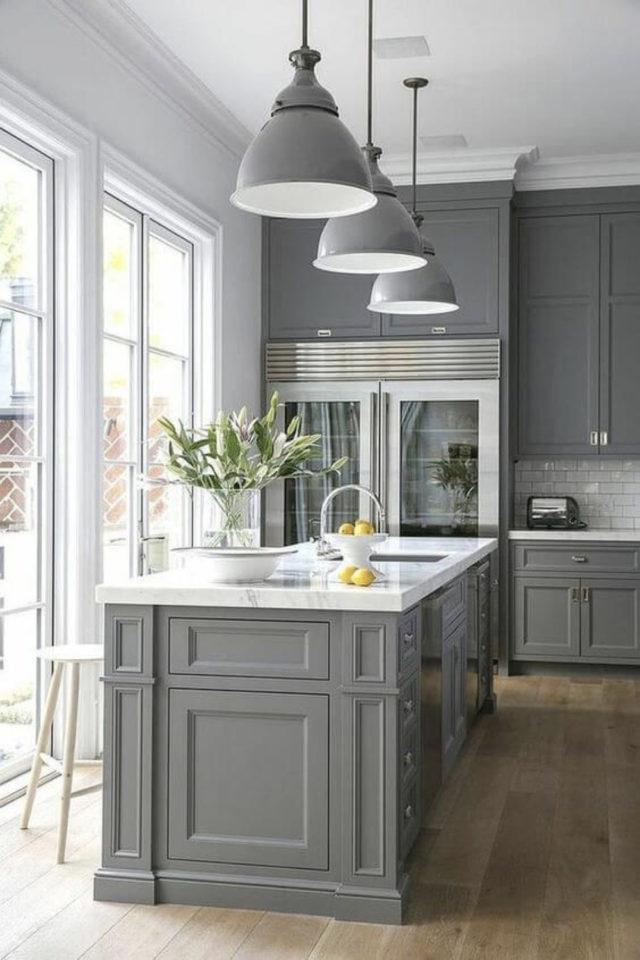 cuisine style classique chic exemple meuble gris peinture