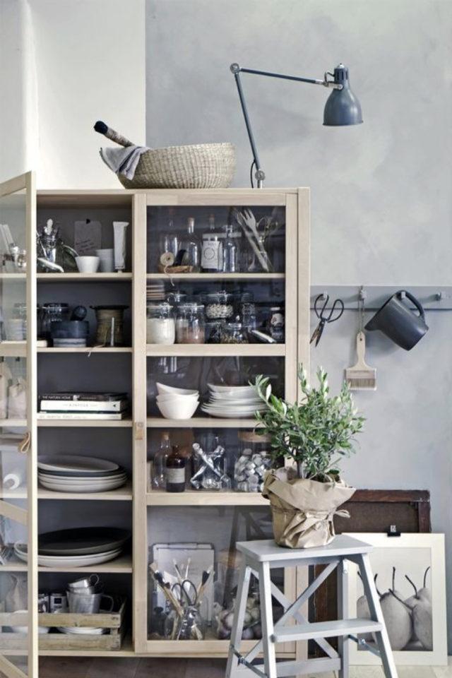 cuisine style classique chic exemple meuble vaisselier couleur bois