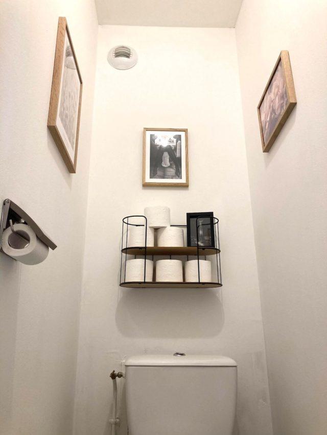 deco murale desenio toilettes idée déco simple et minimaliste