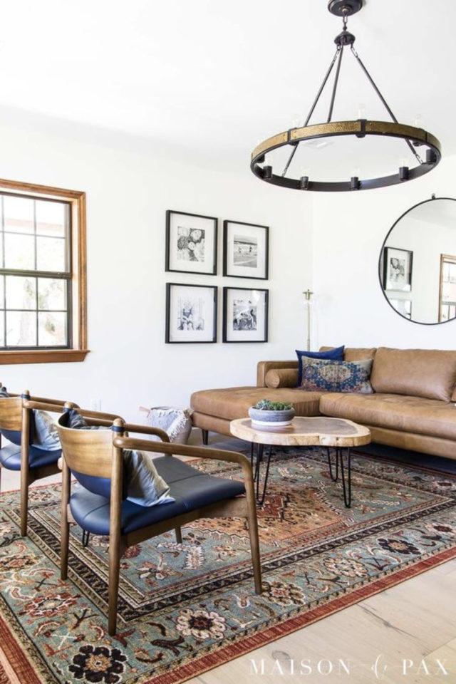decoration canape cuir angle exemple esprit vintage mid century chaise fauteuil bois et cuir