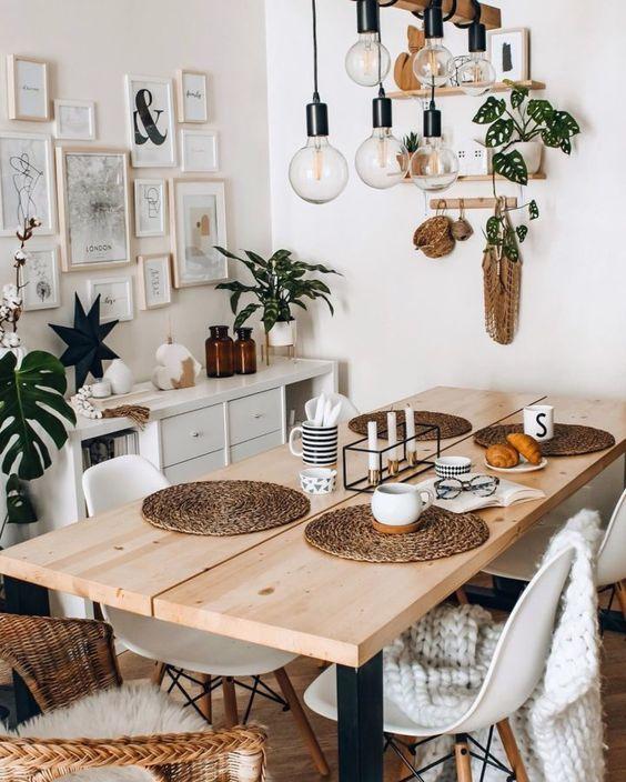 gain de place petite salle a manger exemple table bois decoration murale petit buffet