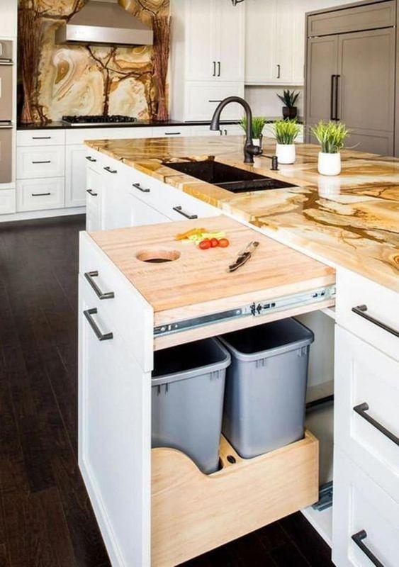 gain de place rangement exemple meuble cuisine poubelle plan de travail mobilier appoint pratique