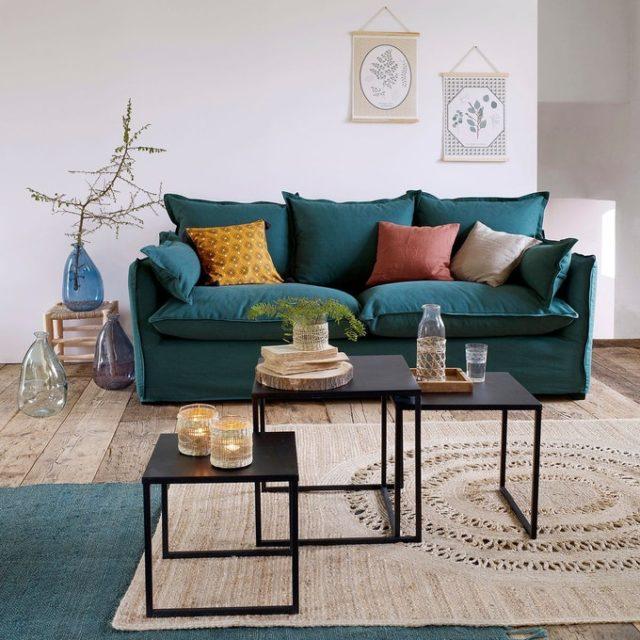 maison responsable fabrication locale a la demande petit canapé familial confortable et coloré