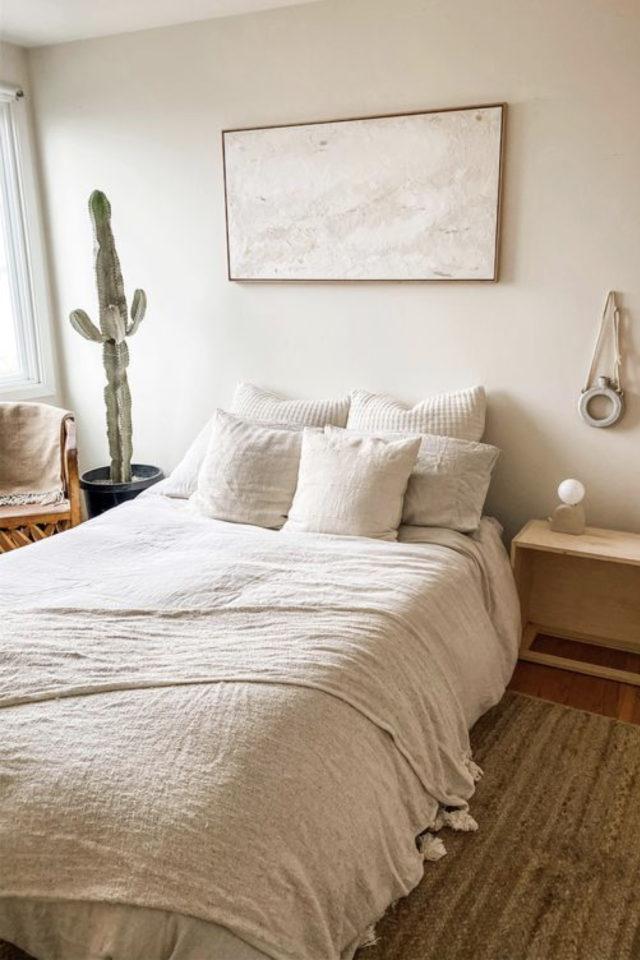 minimalisme chambre decoration exemple style slow living et épuré ambiance chaleureuse beige nature bois